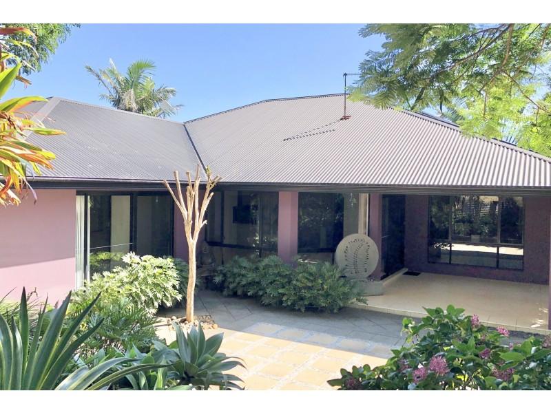 19 Blackwood Crescent, Bangalow NSW 2479