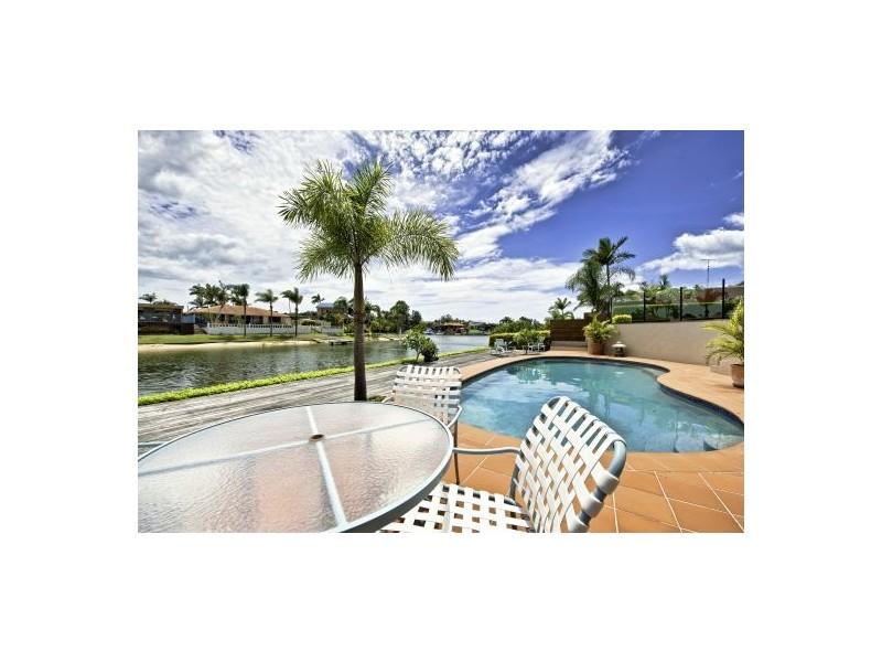5 Cypress Drive West, Broadbeach Waters QLD 4218