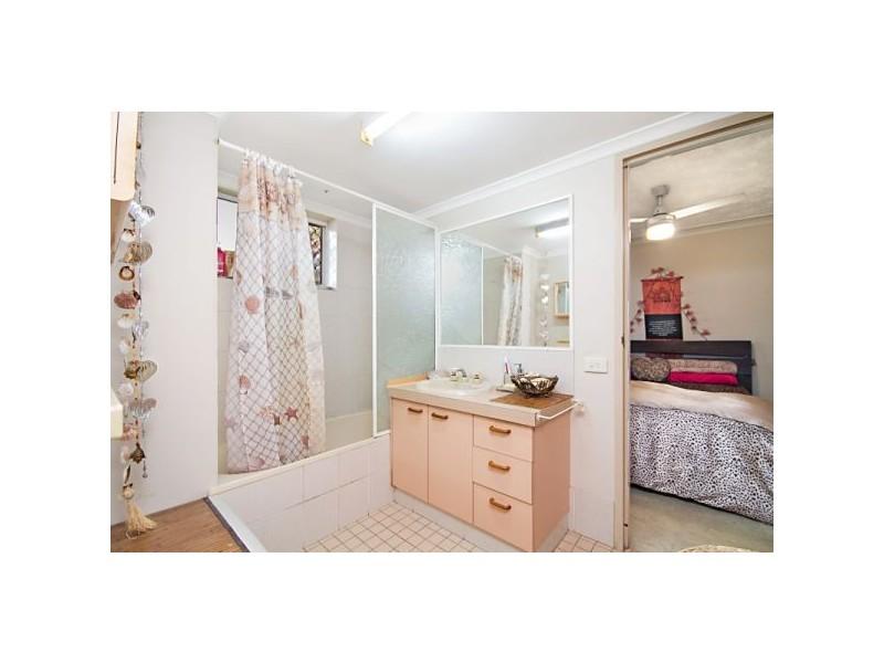 10/54 Dutton Street, Coolangatta QLD 4225