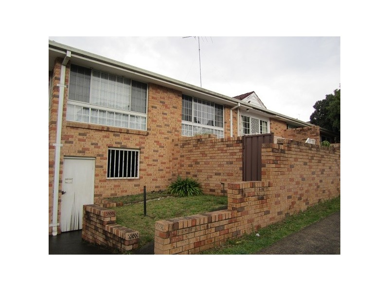 2/37 Myrtle Road, Bankstown NSW 2200
