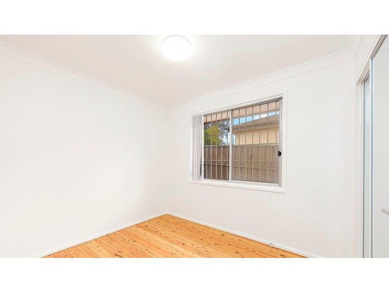 11 Marden St, Georges Hall NSW 2198