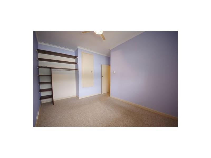 2/6 Seaton Place, Girrawheen WA 6064