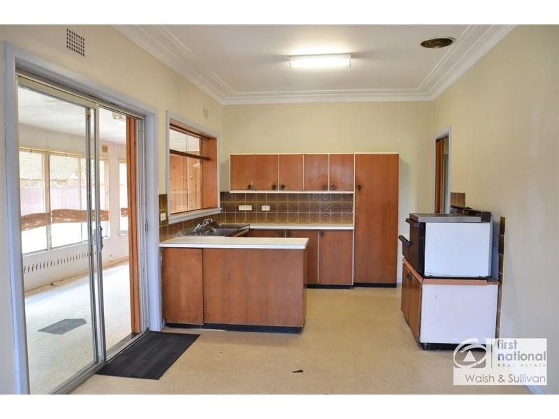28 Russell Street, Baulkham Hills NSW 2153