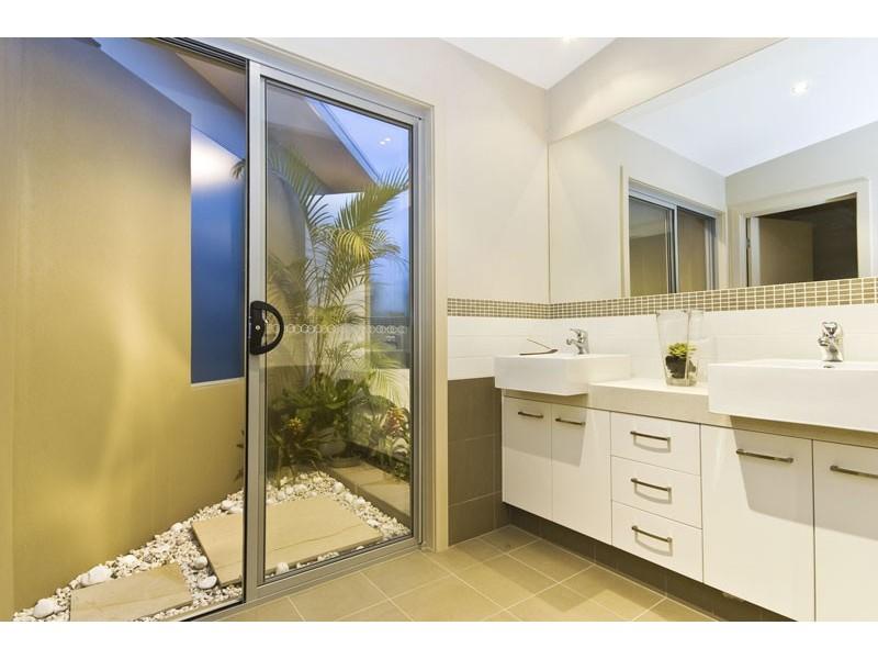 29 Key West, Broadbeach Waters QLD 4218