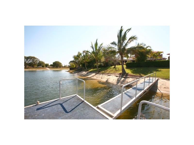 14  Cocos Crescent, Broadbeach Waters QLD 4218