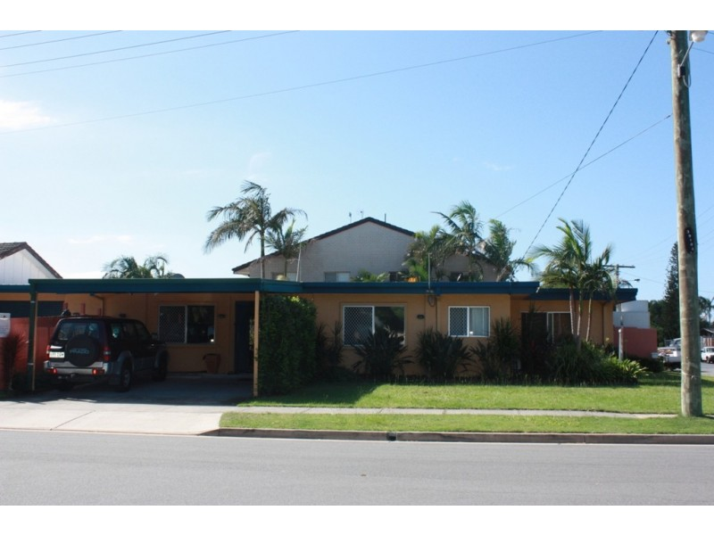 25  Lakeside Ave, Broadbeach Waters QLD 4218