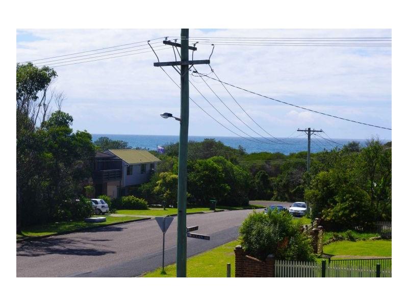 51 Ocean Drive, Wallabi Point NSW 2430