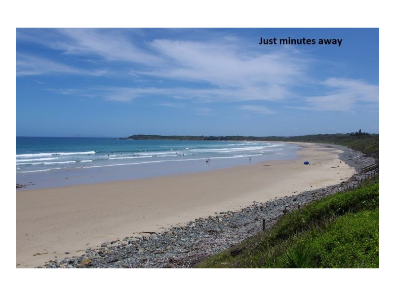 21 Surfsound Avenue, Wallabi Point NSW 2430
