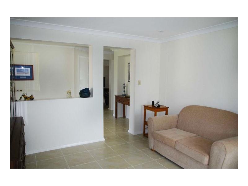 24 Janice Street, Wallabi Point NSW 2430