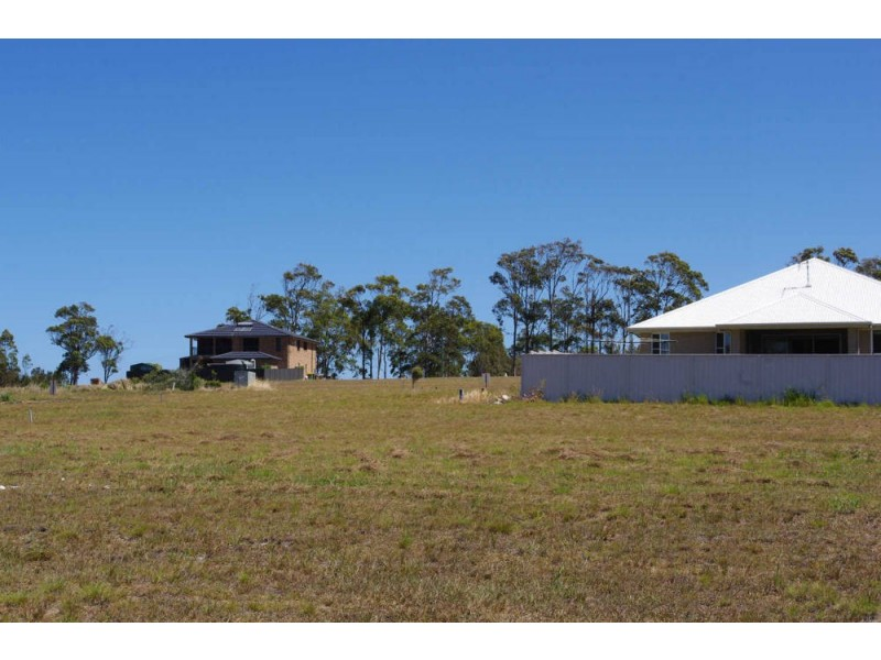4 Howard Street, Wallabi Point NSW 2430