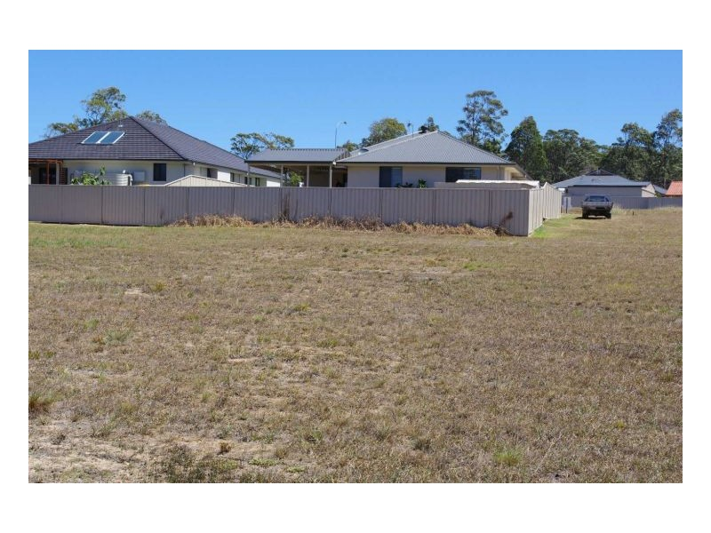 14 Howard Street, Wallabi Point NSW 2430