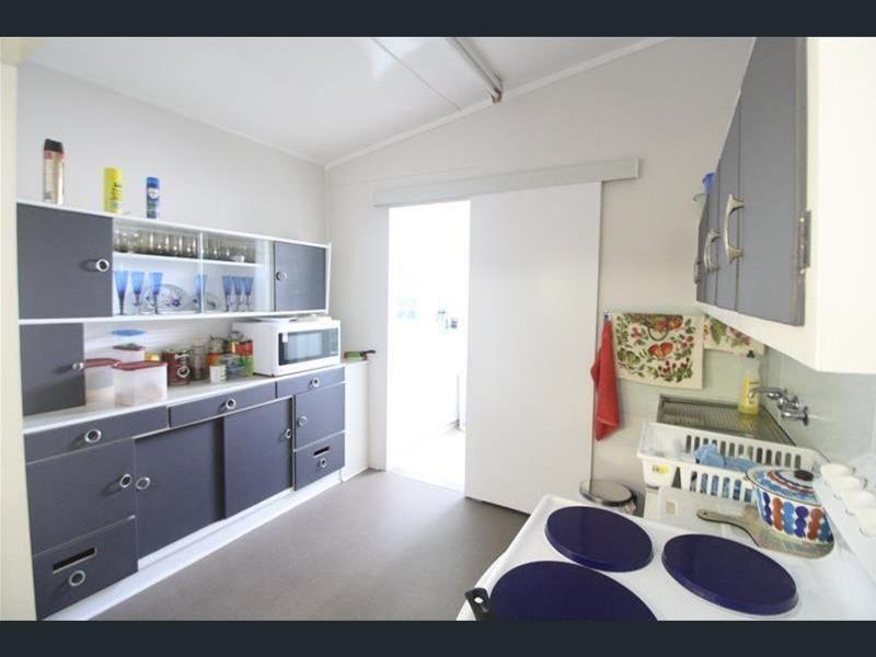 4 Abbott Street, Kurri Kurri NSW 2327