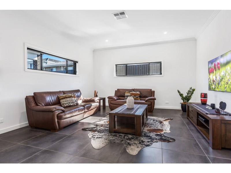 75 Lowndes Drive, Oran Park NSW 2570