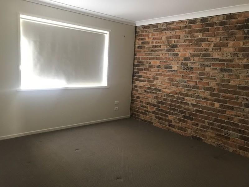 2 18a Jacaranda Drive, Moree NSW 2400