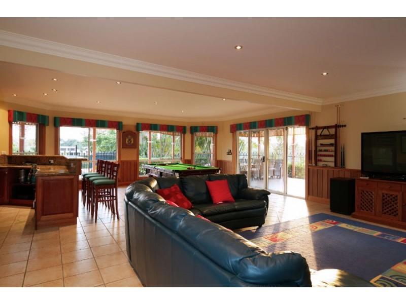 5 Kootingal Street, Ashmore QLD 4214