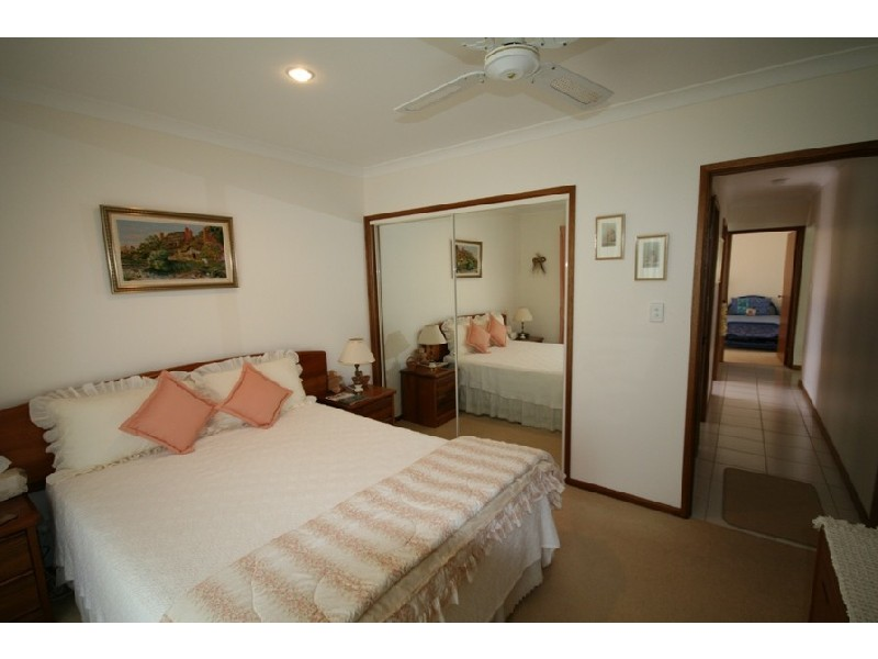 4 Glenwood Place, Twin Waters QLD 4564