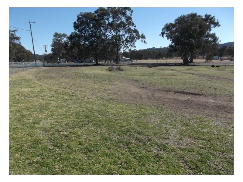 41 Woodlawn Street, Wallangarra QLD 4383