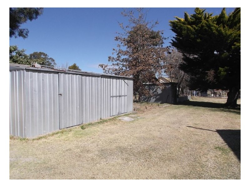 32 Rockwell Street, Wallangarra QLD 4383