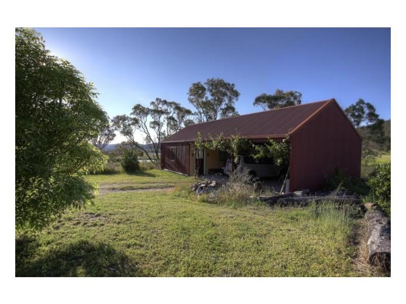 79 Rees Road, Ballandean QLD 4382