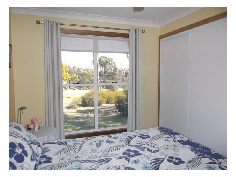 20 Cummerford Road, Glen Aplin QLD 4381