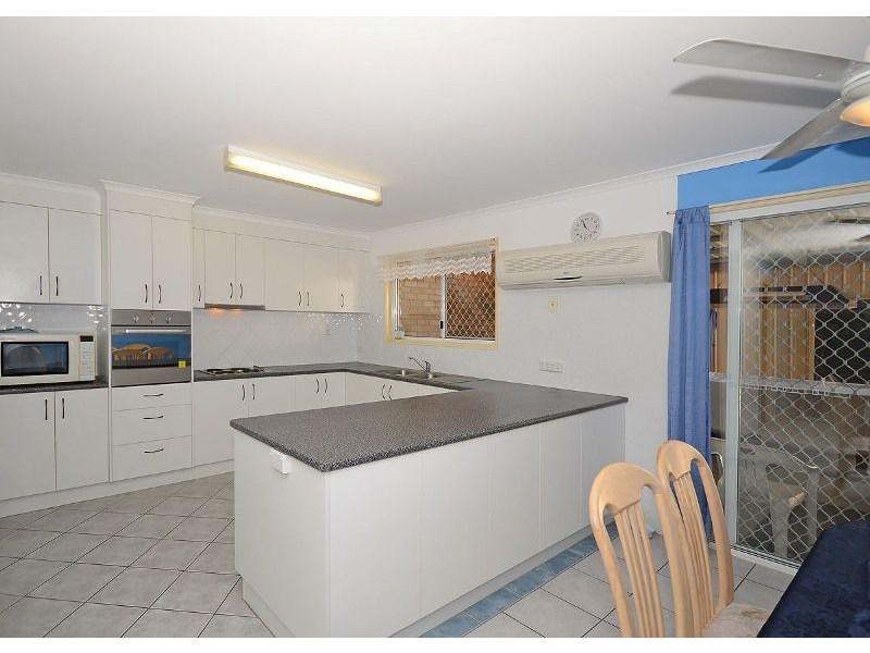 56 Barker Street, Point Vernon QLD 4655