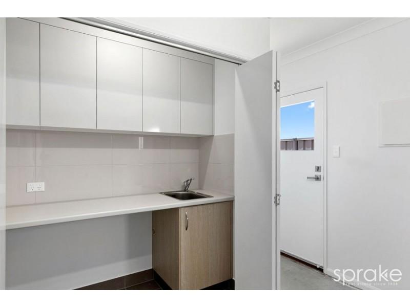 2 Tannen Court, Urangan QLD 4655