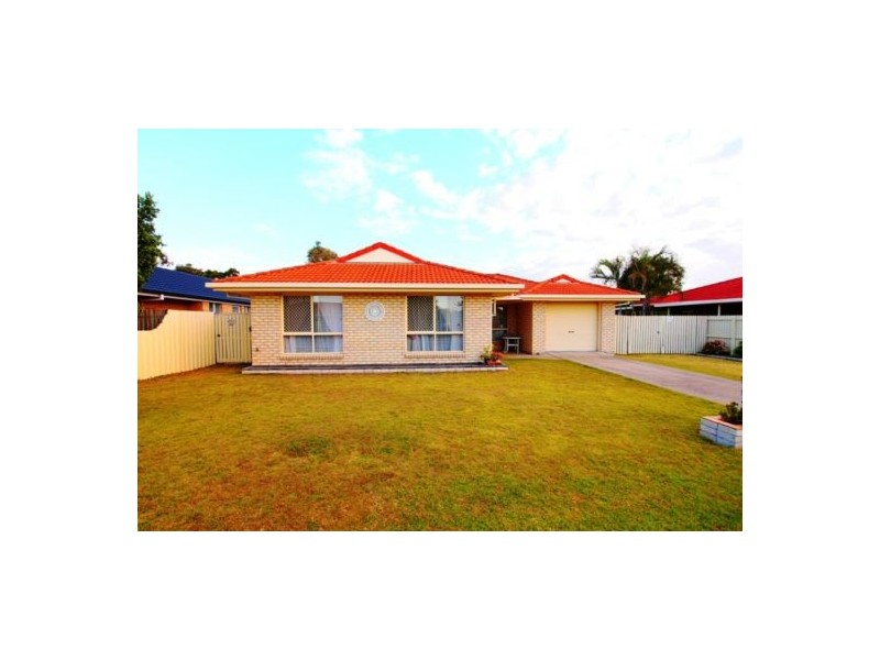 4 Spinnaker Dr, Point Vernon QLD 4655