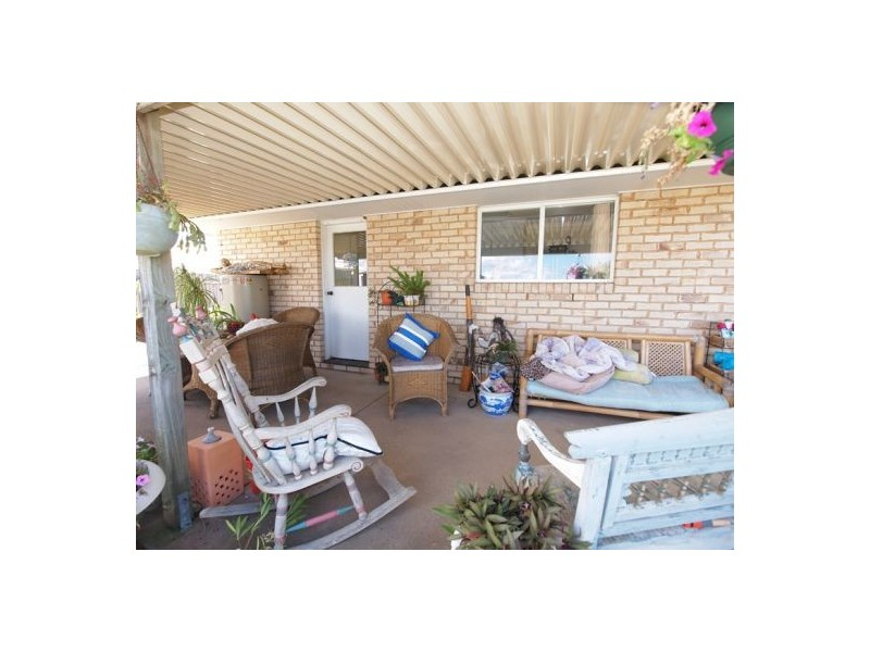 23 Goodwin Ave, Point Vernon QLD 4655