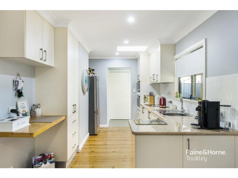 29 Merrendale Avenue, Gorokan NSW 2263