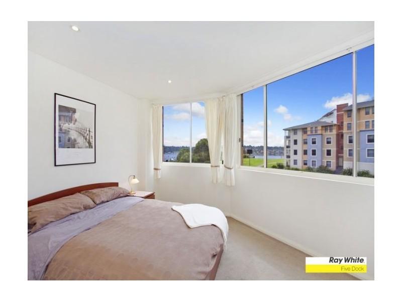 60/1  Janoa Place, Abbotsford NSW 2046