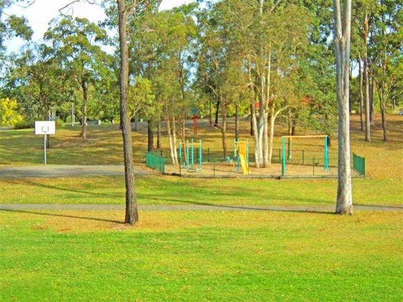8/13 Galloway Drive, Ashmore QLD 4214