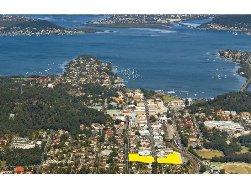 372, 374, 376 Mann Street, Gosford NSW 2250