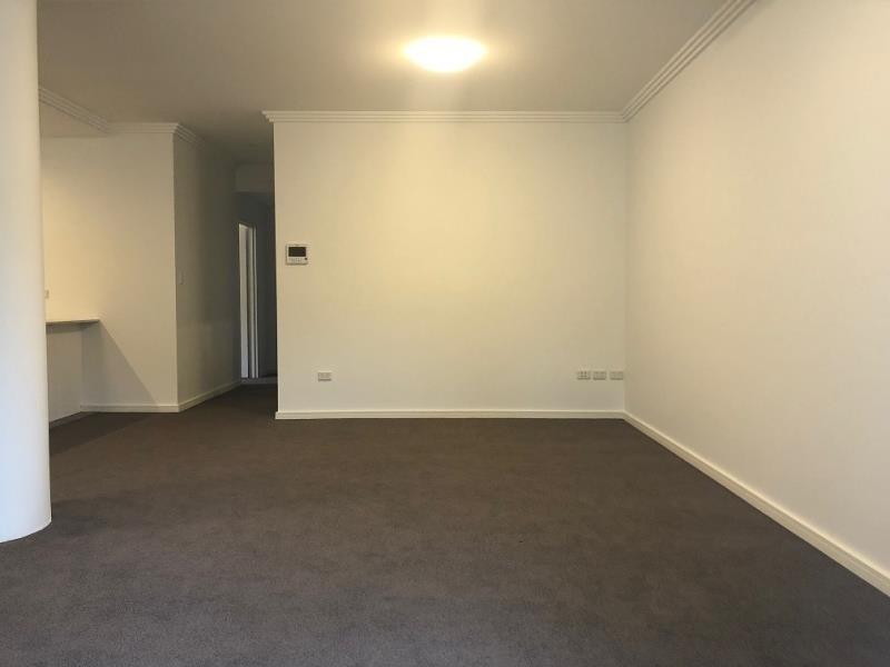 2/66-70 Hills Street, North Gosford NSW 2250