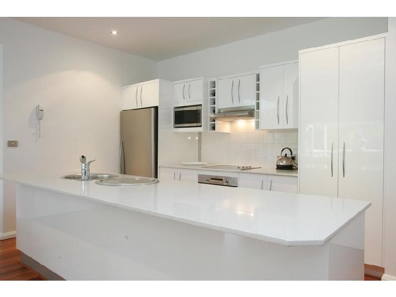 2/27B Ascot Ave, Avoca Beach NSW 2251