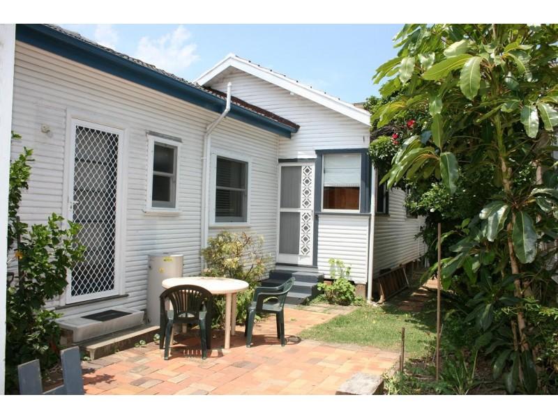 2/2 Ficus Ave, Avoca Beach NSW 2251