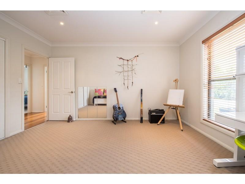 135 Graeme Street, Aberdeen NSW 2336