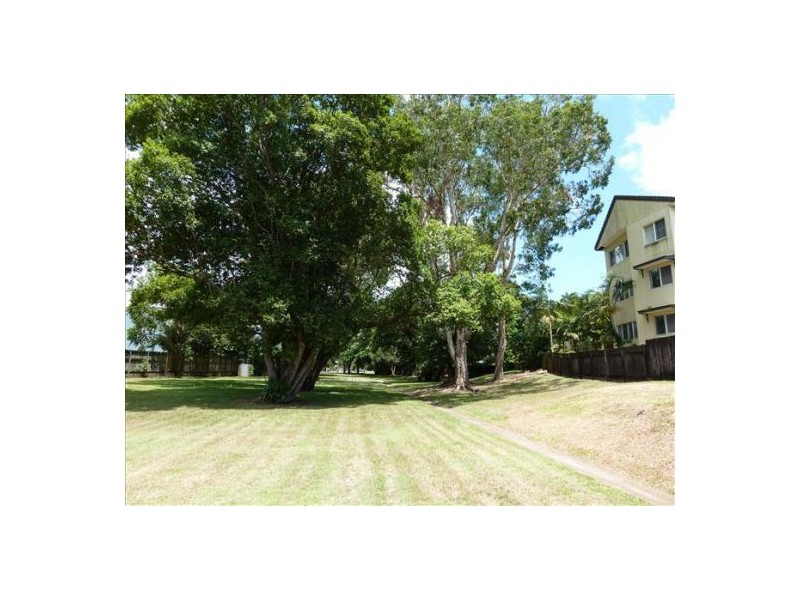 21/25-27 Digger Street, Cairns North QLD 4870