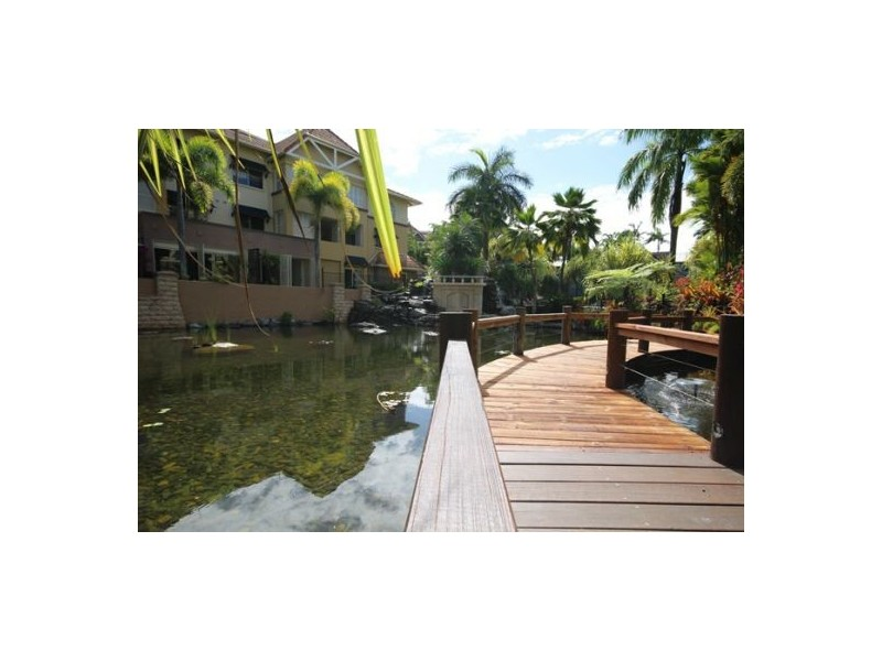 805/2-10 Greenslopes Street, Cairns North QLD 4870