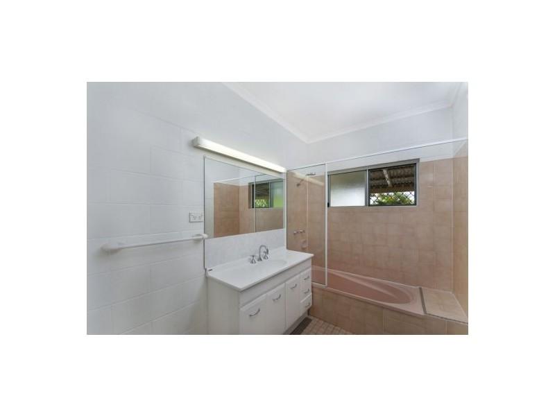 13 Bounty Close, Bentley Park QLD 4869