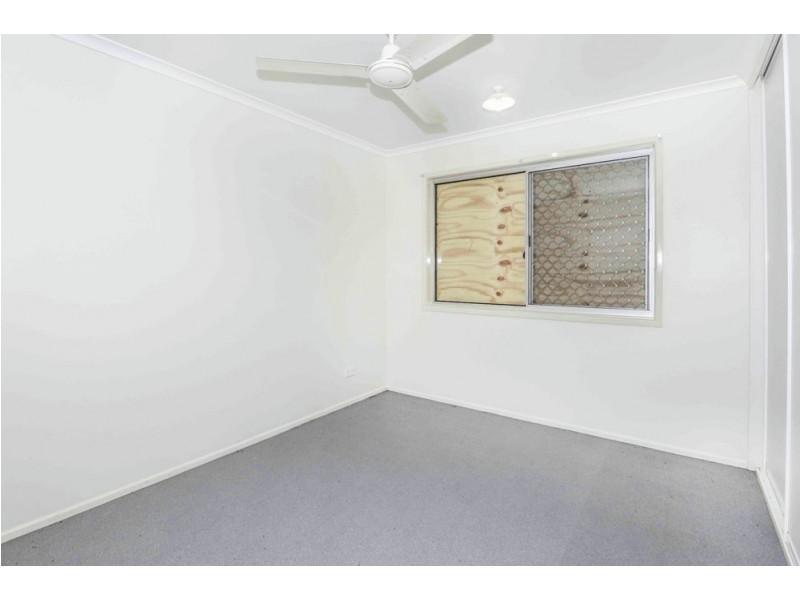 17 Bucas Court, Mooroobool QLD 4870