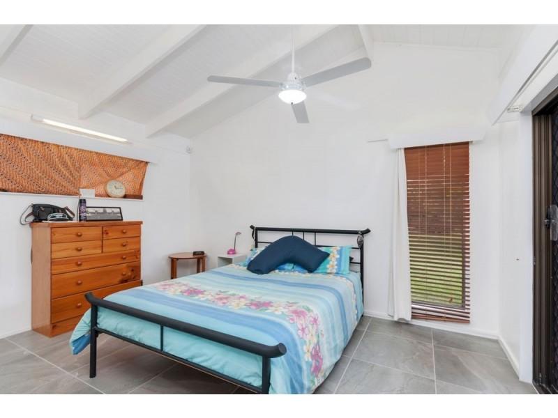 66 Kingsford Street, Mooroobool QLD 4870
