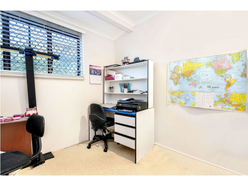 2 Falcon Street, Bayview Heights QLD 4868