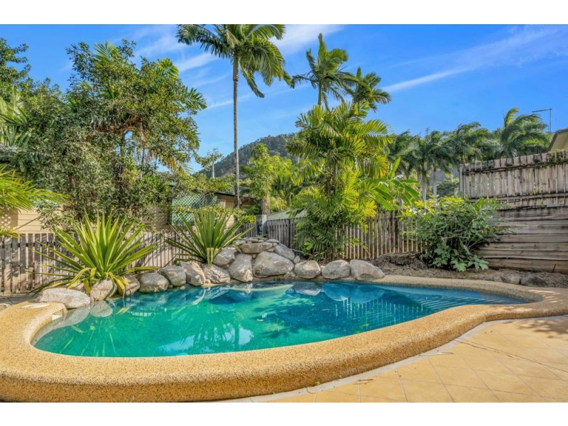 7 Robin Close, Bayview Heights QLD 4868