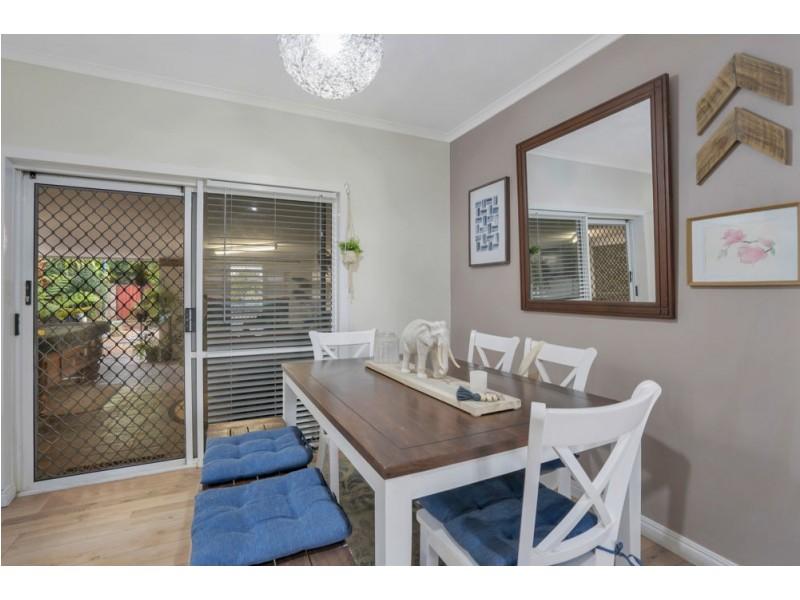 5 Lady Penrhyn Close, Bentley Park QLD 4869