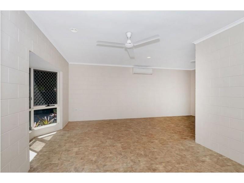 9 Corella Street, Kamerunga QLD 4870