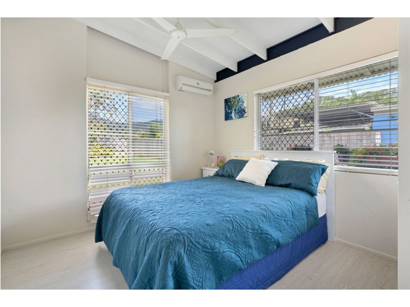 6 Woomera Street, Bayview Heights QLD 4868