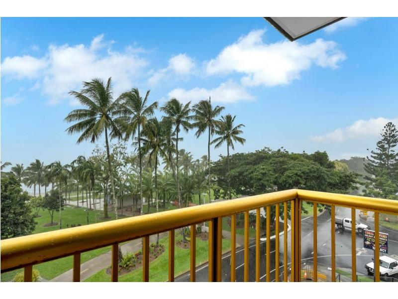 23/249 Esplanade, Cairns North QLD 4870
