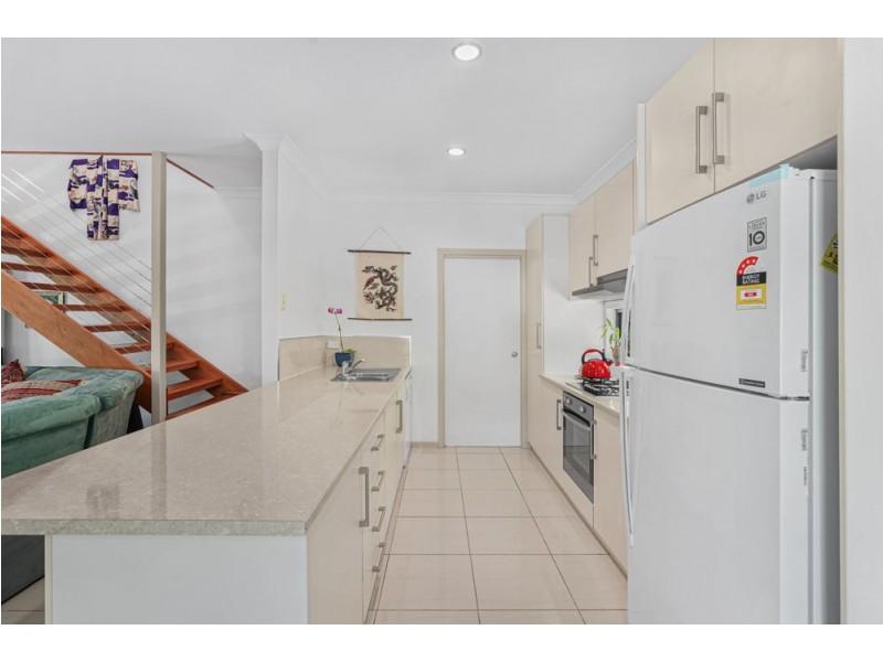 9 Dowsett Close, Yorkeys Knob QLD 4878