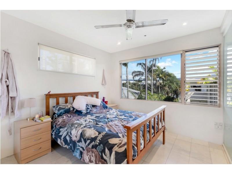 1/267 Esplanade, Cairns North QLD 4870