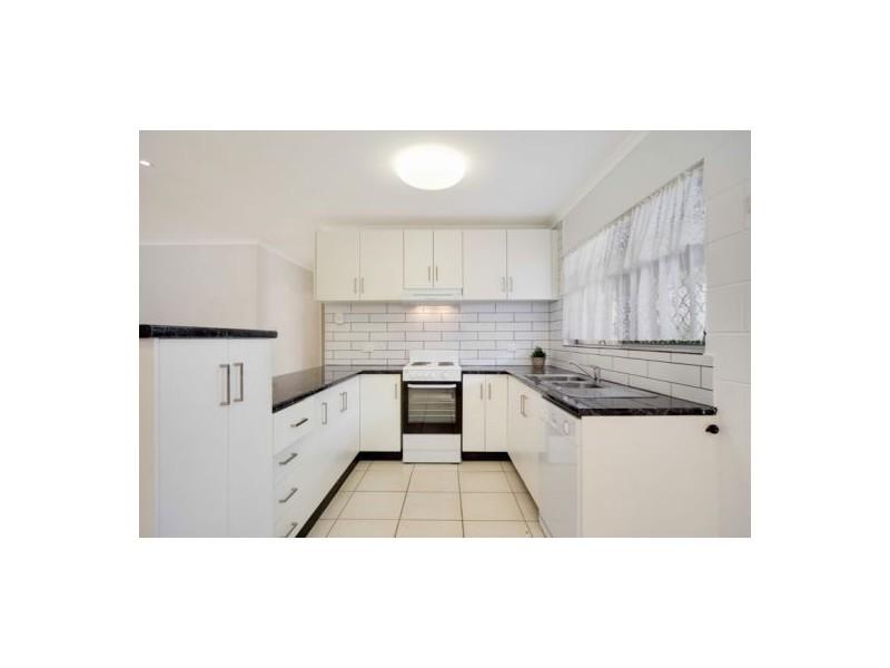 3 Frances Street, Mooroobool QLD 4870
